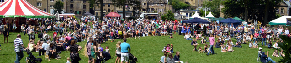 Barrowford_LifeStyle_2015-Crowd_928x203.jpg